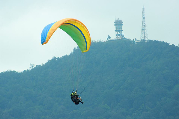 paragliding-in-puncak_weekend_escape