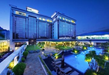 EXPERIENCE BANDUNG OLD TIMES IN THESE HISTORICAL HOTELS