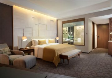 Stay 3 Night Only Pay for 2 Nights at Crowne Plaza Bandung