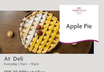 Apple Pie At Deli – Crowne Plaza Bandung