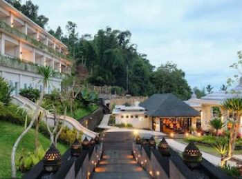 Stay and Eat at Saranam Resort