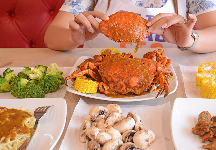 Cut The Crab - Weekday Madness