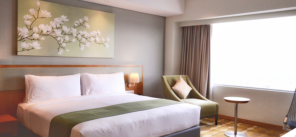 Holiday Inn Suites Jakarta Gajah Mada Offers A Homey Long And Short Stay Experience What S New Jakarta