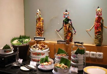 "New Buffet Dinner Theme ""True Indonesia Kampoeng Cuisine"" At Cafe One"