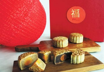 Duta Bakery features Mooncake's for the Mid-Autumn Festival