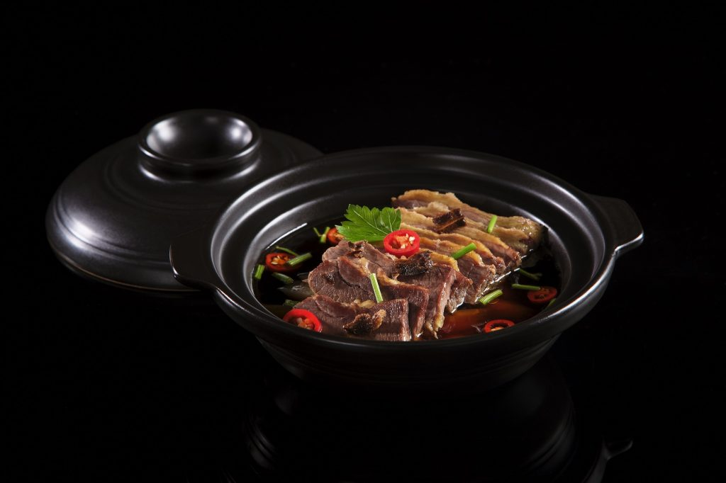 Special Beef Brisket with Maka Soup in Casserole