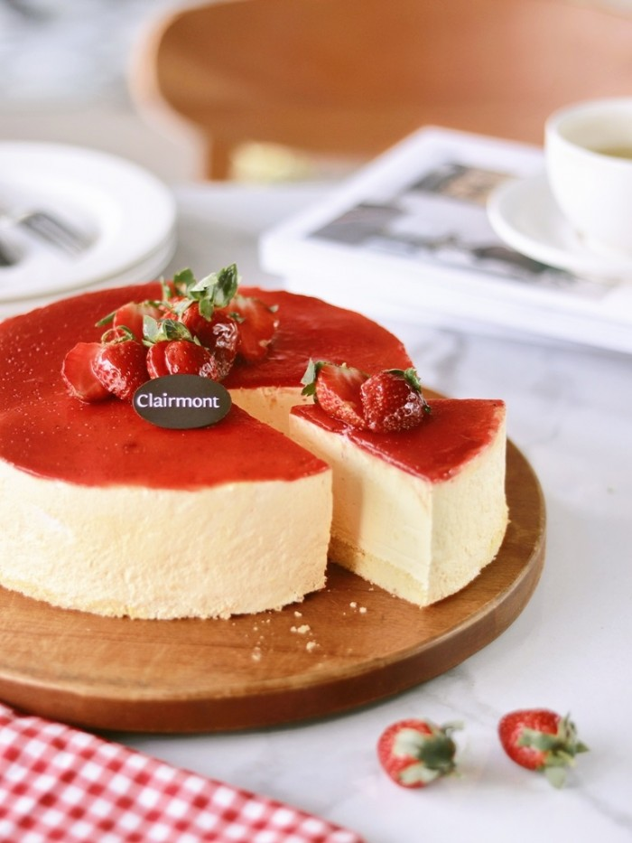 Clairmont_Strawberry Cheese Cake