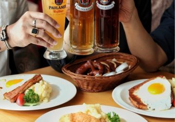 Oh Happy Day, It's Payday at Paulaner Bräuhaus