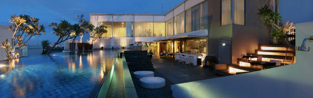 Hotels With Infinity Pool In Jakarta What S New Jakarta